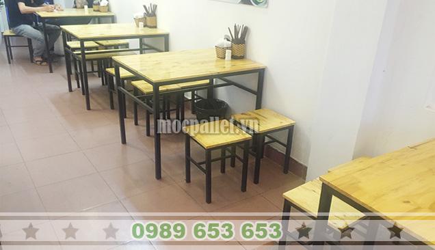 Bộ bàn ghế quán bún
