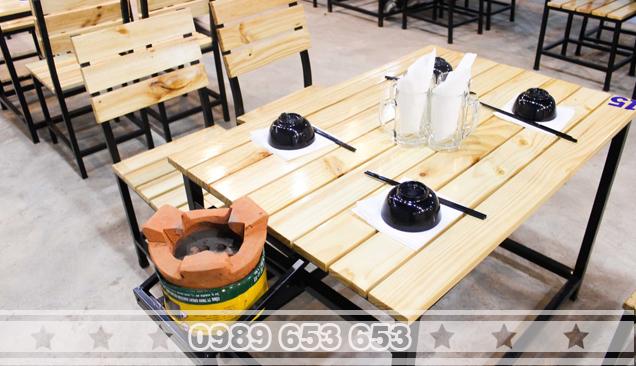 Bàn ghế chân sắt gỗ thông Pallet GCS26