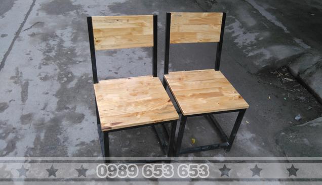Ghế gỗ chân sắt GGS10
