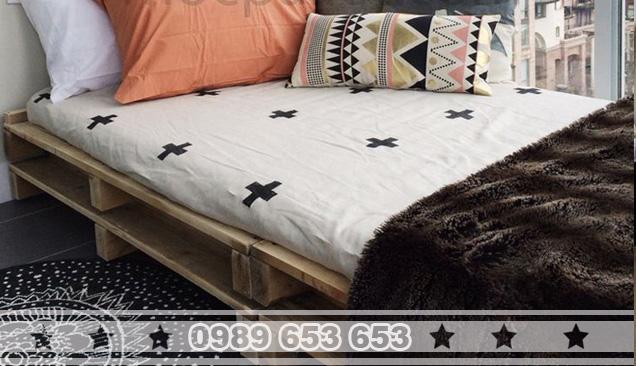 Giường ngủ gỗ thông pallet GN04