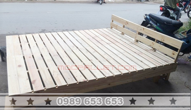 Giường ngủ gỗ thông pallet GN22