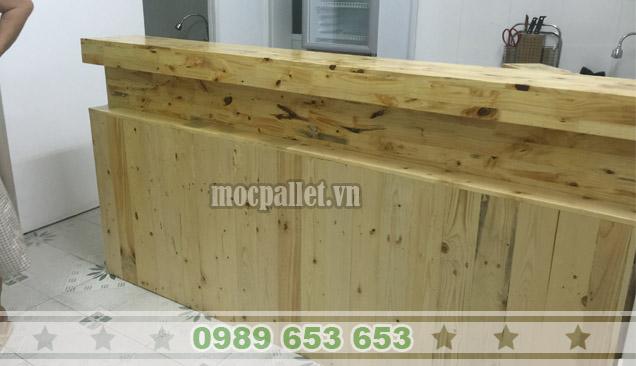 Quầy bar gỗ thông Pallet QB21