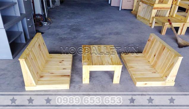 Bàn ghế gỗ thông pallet BG33
