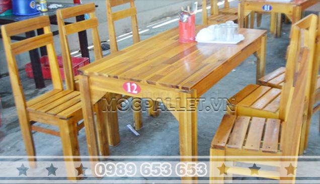 Bàn ghế gỗ thông pallet BG5