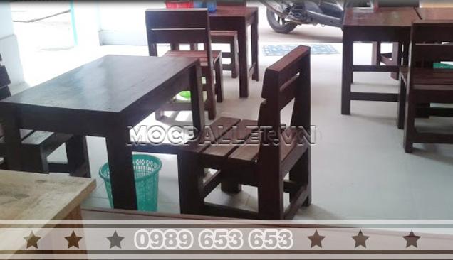 Bàn ghế gỗ thông pallet BG28