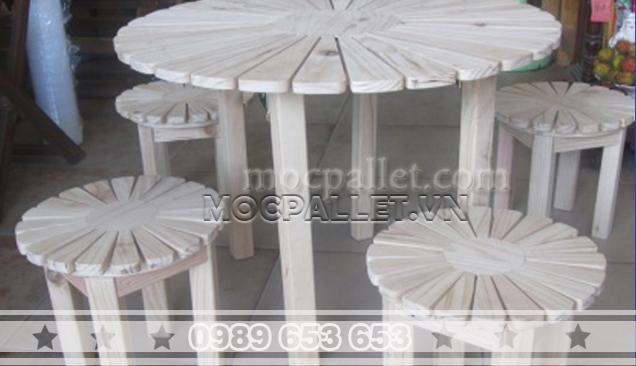 Bộ bàn ghế gỗ thông pallet BG59