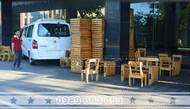 Bàn ghế gỗ thông pallet BG11