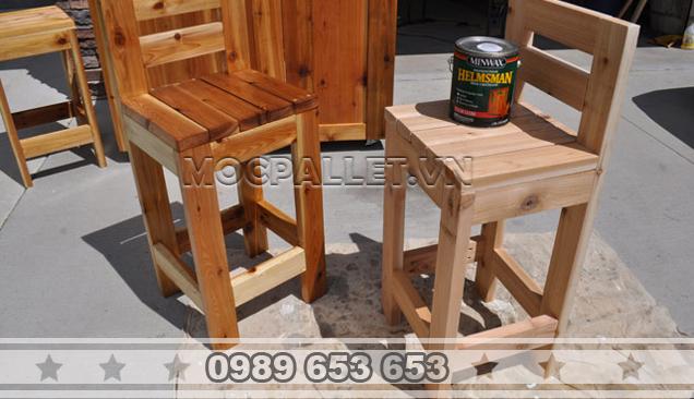 Ghế gỗ thông pallet GB15