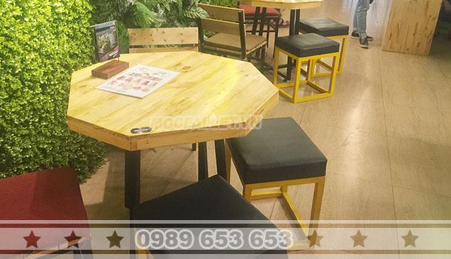 Bộ bàn ghế quán cafe Moon 7
