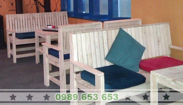 Những mẫu bàn ghế cafe gỗ thông đẹp