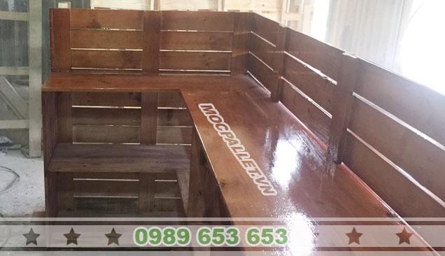 quầy bar gỗ thông pallet giá rẻ 3