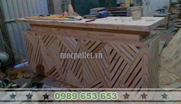 Quầy bar gỗ thông pallet QB29