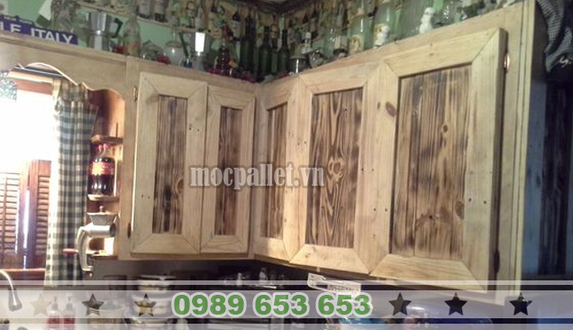 Tủ bếp gỗ thông pallet TB05
