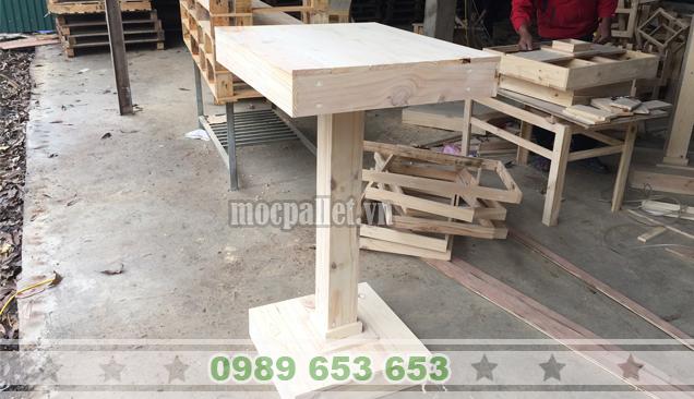 Bàn gỗ thông pallet BT13