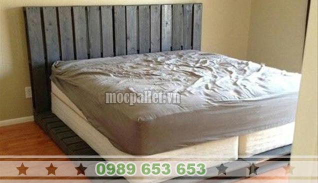 Giường ngủ gỗ thông pallet GN33
