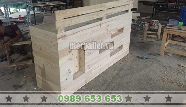 Quầy bar gỗ thông pallet QB32