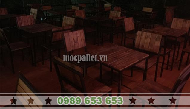ban-ghe-quan-cafe10