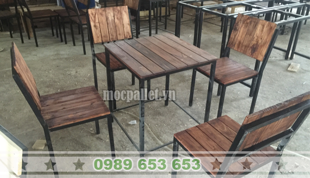 Bộ bàn ghế chân sắt BGS119