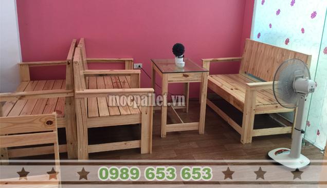 Bộ bàn ghế gỗ thông pallet BG102