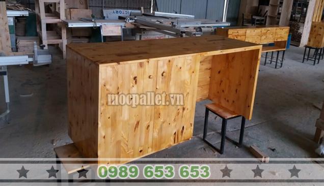 Bàn làm việc gỗ thông pallet BLV16