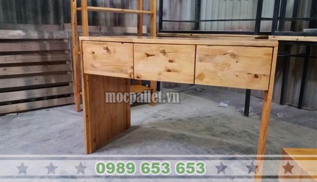 Bàn làm việc gỗ thông BLV17