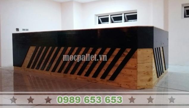 Quầy bar gỗ thông pallet QB37