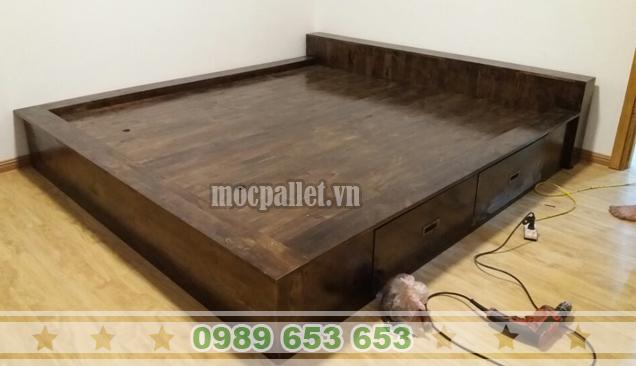 Giường ngủ gỗ thông GN43