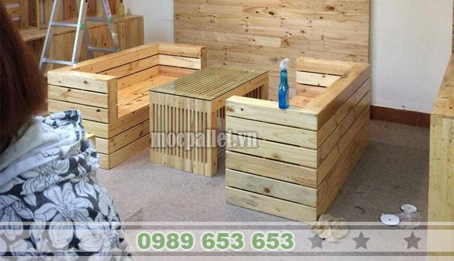 Bộ bàn ghế gỗ thông pallet BG107
