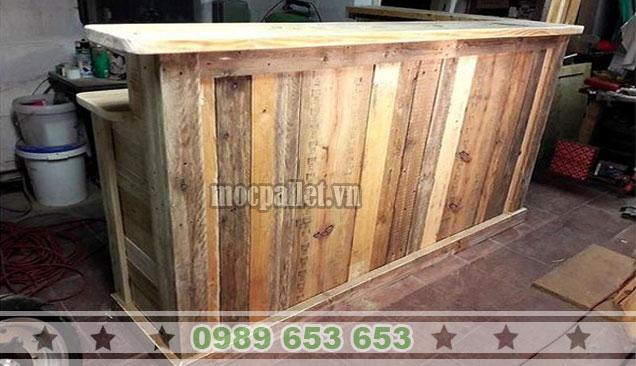 Quầy bar gỗ thông pallet QB43