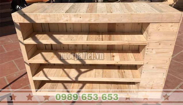 Bàn thanh toán gỗ thông pallet QB54