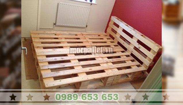 Giường ngủ gỗ thông pallet GN111
