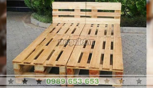 Mẫu giường gỗ thông pallet GN125