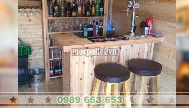 Mẫu quầy rượu nhà hàng gỗ thông QB66