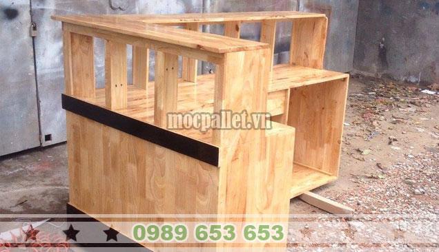 Mẫu quầy bar gỗ thông đẹp QB67
