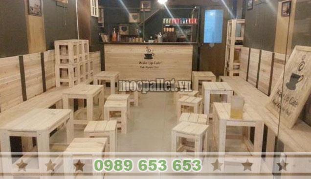 Bộ bàn ghế gỗ thông giá rẻ cho quán cafe BG136