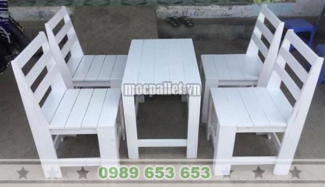 Bộ bàn ghế gỗ thông pallet tại Hà Nội BG137