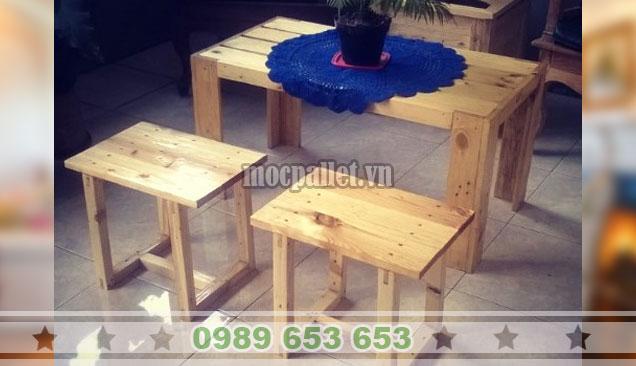 Bộ bàn ghế gỗ thông đẹp BG141