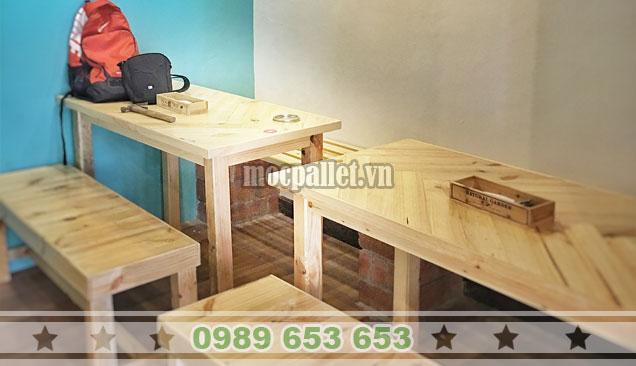 Bộ bàn ghế gỗ thông 2m4 BG147