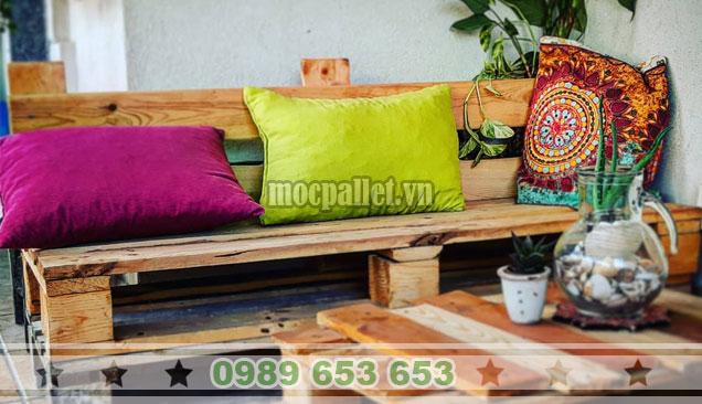Mẫu bàn ghế sofa gỗ thông pallet BG149