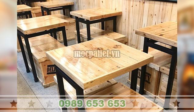 Bộ bàn ghế gỗ thông chân sắt BG154