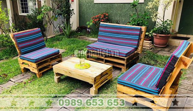Bộ bàn ghế sofa pallet ngoài trời PK40